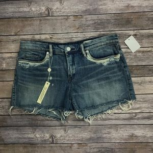 •Blank NYC• NWT Distressed Little Queenie Shorts